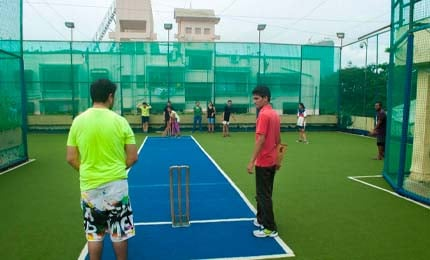 Rooftop Cricket – Bringing the BBA students in Mumbai closer together