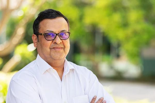CEOs working from home – 94.3 Radio One FM interviews Nitish Jain (President, SP Jain)